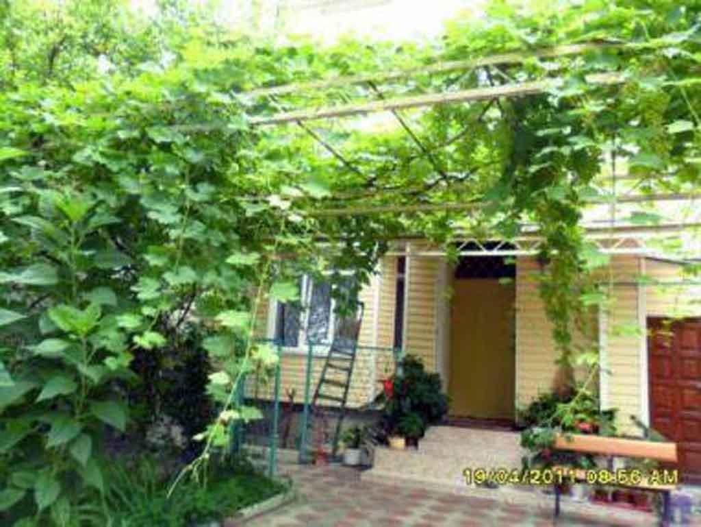 Недвижимость в Анапе  квартиры дома участки